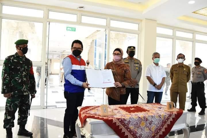 Pemkab Indramayu Terima Bantuan 50 Bed Set Dari PT. Pertamina EP